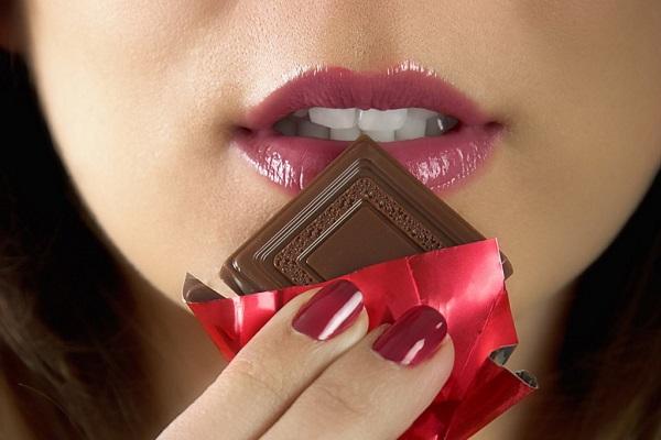 ダイエットの辛い断食を和らげる9つの方法