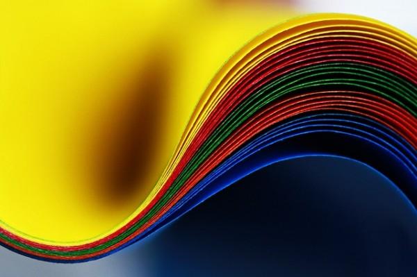 オーラの色で生命エネルギーを学び、内面から成長する7つの方法
