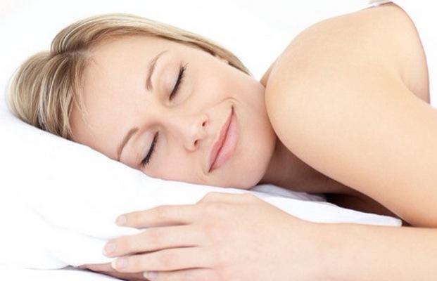 耳栓が睡眠に驚くほど良い効果を与えている9つの理由