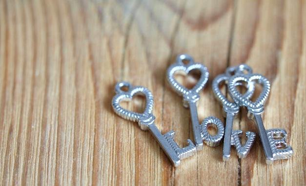 好きな人に会いたい思いを熟成させて、愛を2倍深める7つの方法