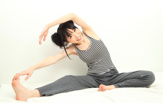 ダイエットをスムーズに成功させる 効果的なストレッチ体操
