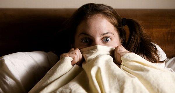 怖い夢を見る人の心理を読み解き不安を解消する7つの方法
