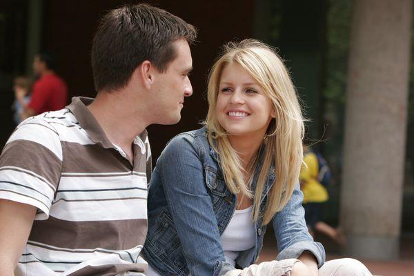 男性心理を学んで好意を寄せる人と 熱い恋をする7つの方法