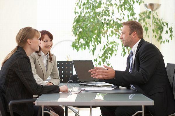 男性心理と行動の関係を知り上司と良好な関係を築くテクニック
