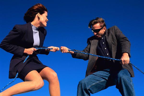 男性心理を知り、 好意を寄せる人にアプローチする9つのテク
