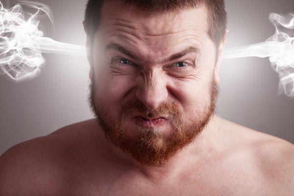 逆鱗に触れる前に知っておくべき男性心理のポイントとは?
