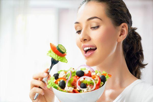 酵素の効果で活力溢れる身体を作り上げる 7つの食事習慣