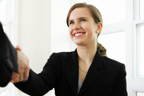 第一印象を上手に操り、仕事の成果を3倍にする7つの方法