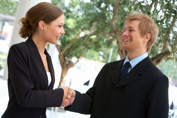 人材管理で成功する為に知っておくべき「効果的な褒め方」