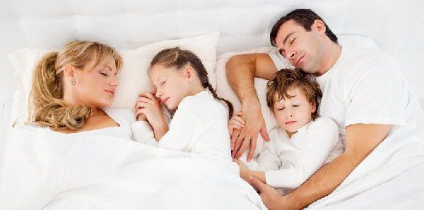 睡眠時間を最適に保つ方法を使い、家族の健康を維持する術