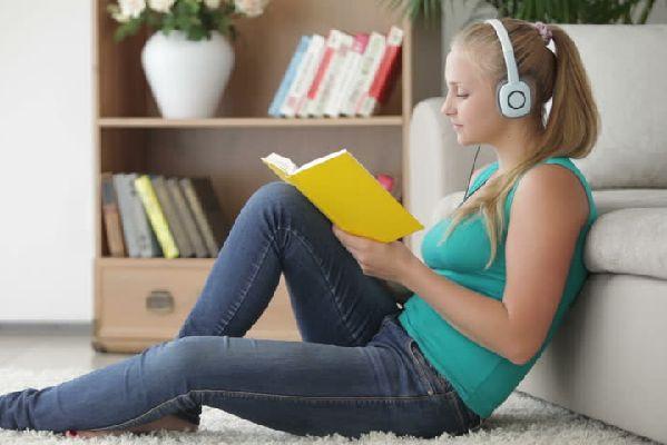 勉強に集中できない人必見☆音楽を使った5つの快適学習