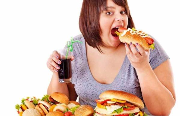 ダイエット中なのに食べ過ぎた…翌日気をつけるべき事は?
