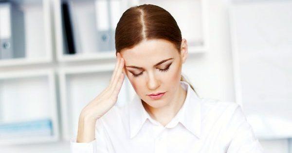 女性が仕事辞めたいと感じる会社とは?