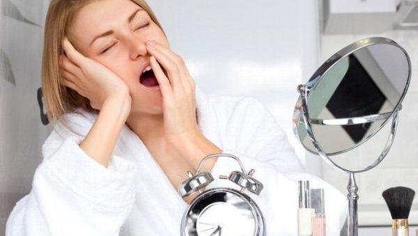寝不足からくる吐き気は身体の危険信号!3つの恐怖とは?