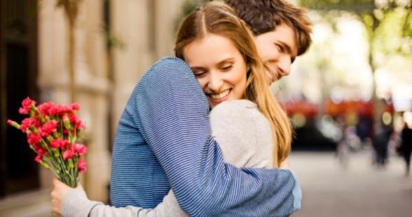 好きな女を幸せな気分にさせる7つの大人恋愛術