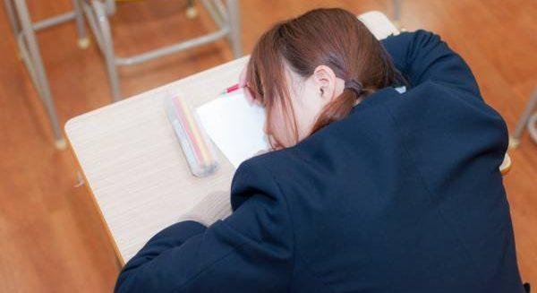 テスト前になると勉強したくないのはナゼ?理由と対処法