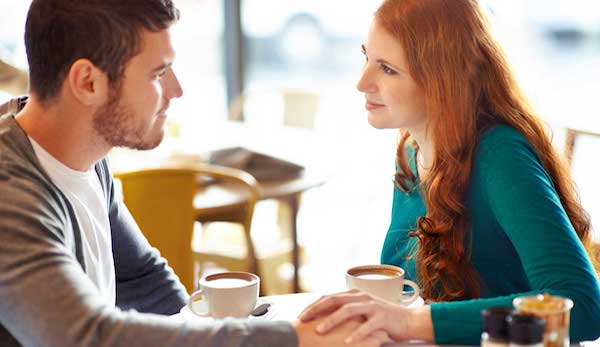 離婚した元夫と復縁したいなら、関係を元に戻す7つの方法