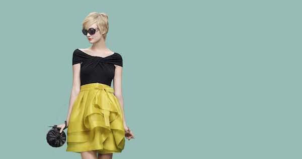 胸を大きく見せる7つのファッション着こなし術☆