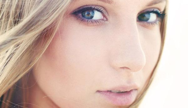 モテる顔の女子に共通する4つの特徴とは?