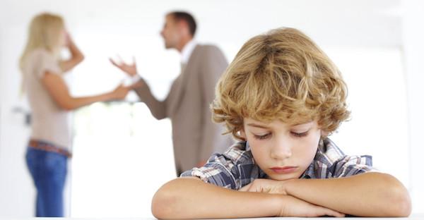 離婚が子供に与える5つの悪い影響とは?
