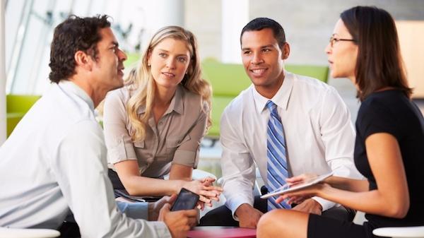 会話が苦手な人が身につけるべきコミュニケーション術
