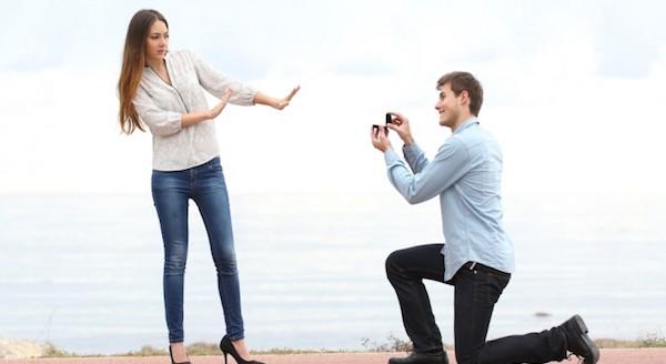 結婚したくない若者が急増する7つの理由