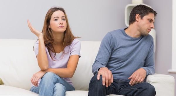 妻と離婚したい夫の心理がよく分かる行動とは