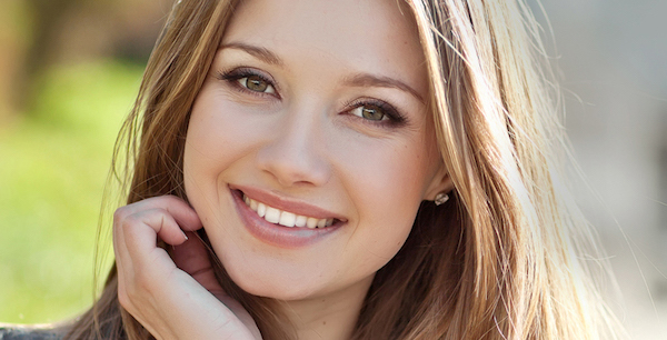 ステキな笑顔で、初対面の人に好印象を与えるには