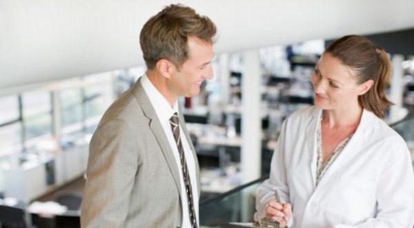 職場恋愛で片思いの恋を成就させる5つのコツ