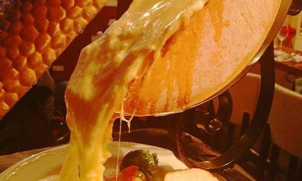 チーズ好きのあなたに送る!ラクレットチーズの魅力