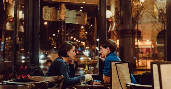 デートで役に立つ会話を身につける7つのコツ
