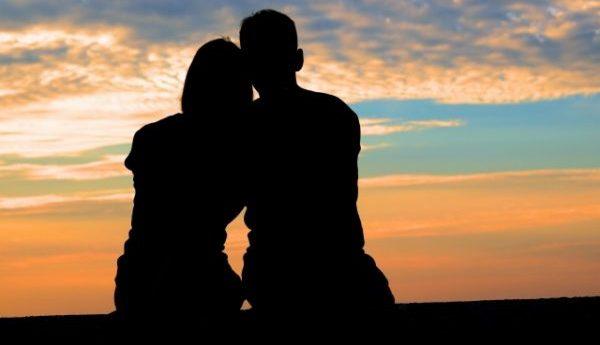 男の本音を知って恋愛関係をエンジョイするコツ