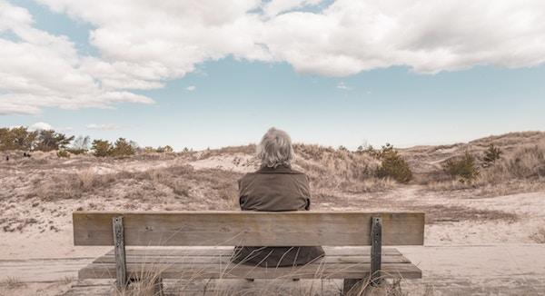 孤高な老人のイメージ