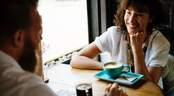 会話が続かない悩みが解決する話題選び7つのポイント