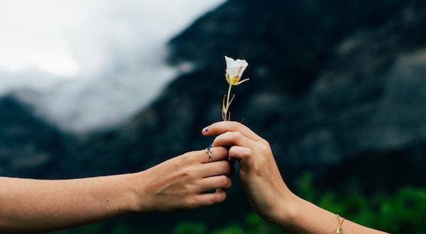 好きな人との距離が縮まるアプローチ法とは