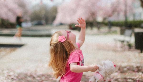 子どもの好奇心を育てる上手な声のかけ方とは